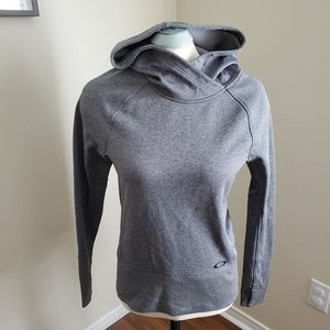 Oakley Grey Hoodie Pullover Sweater Size Small